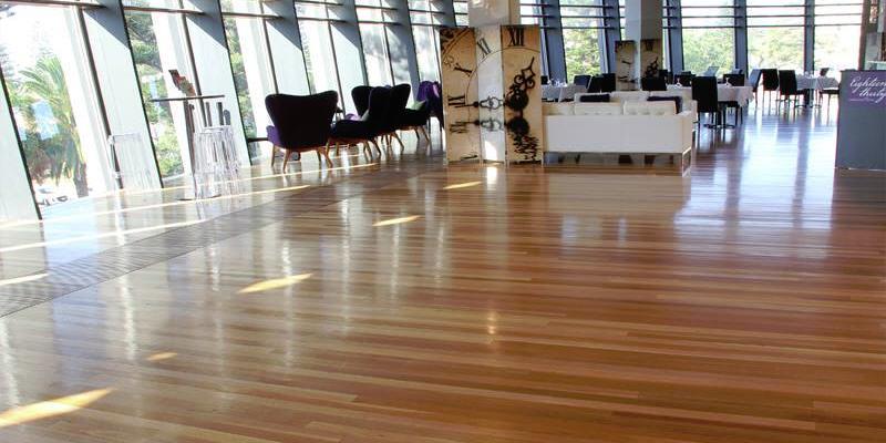 golden oak engineered floor